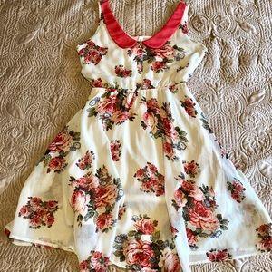 Dresses & Skirts - [SOLD] Spring Dress
